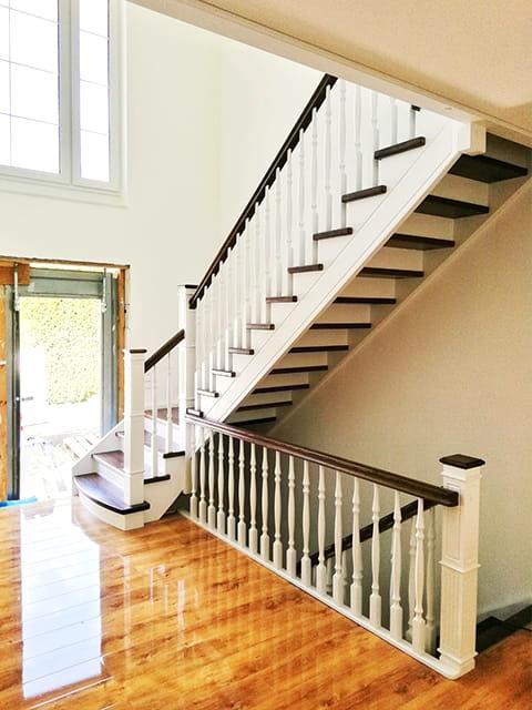 schody dębowe jesionowe